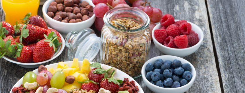 Imagen fibra, fruitos rojos y cereales